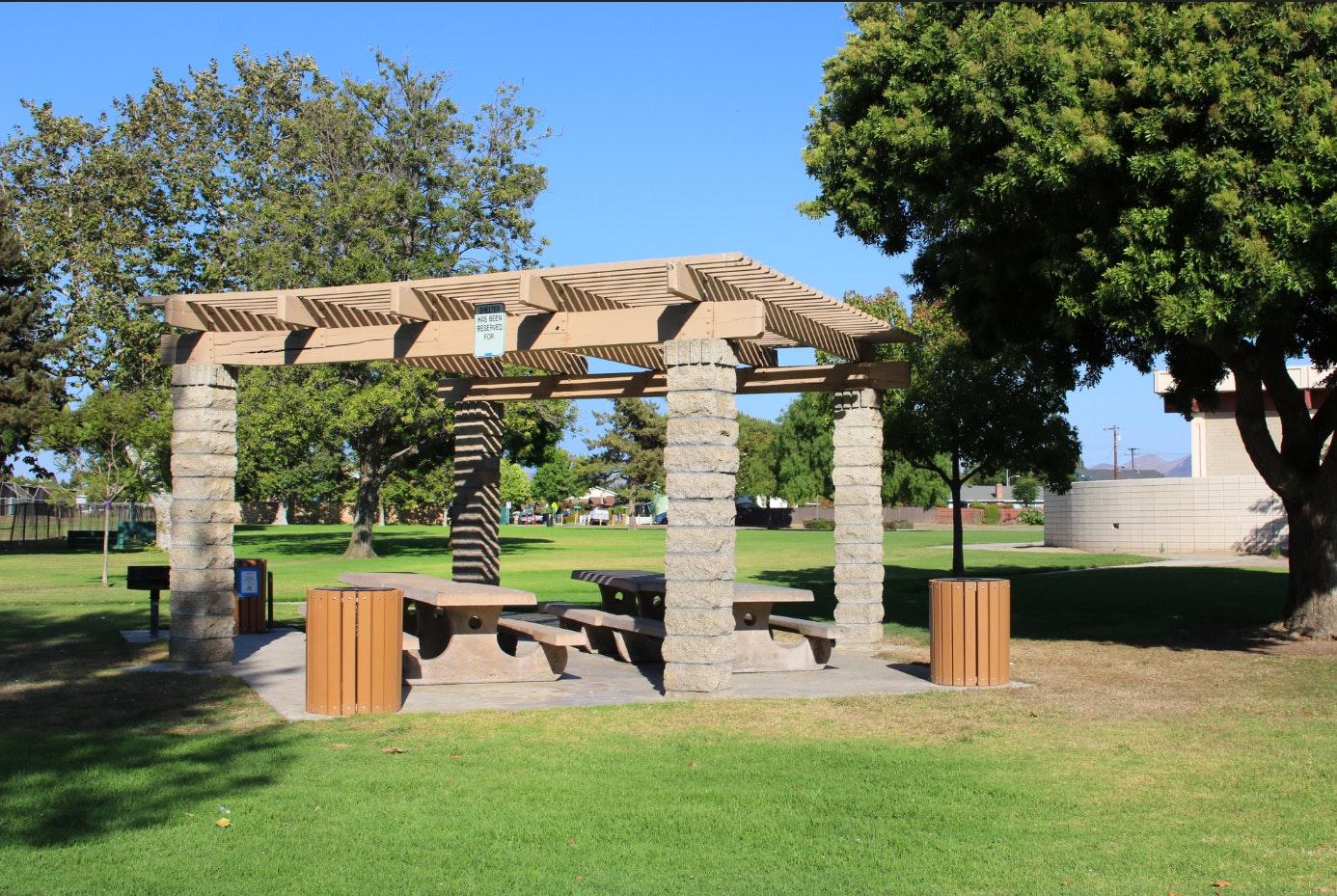 Community Center Park - picnic shelter