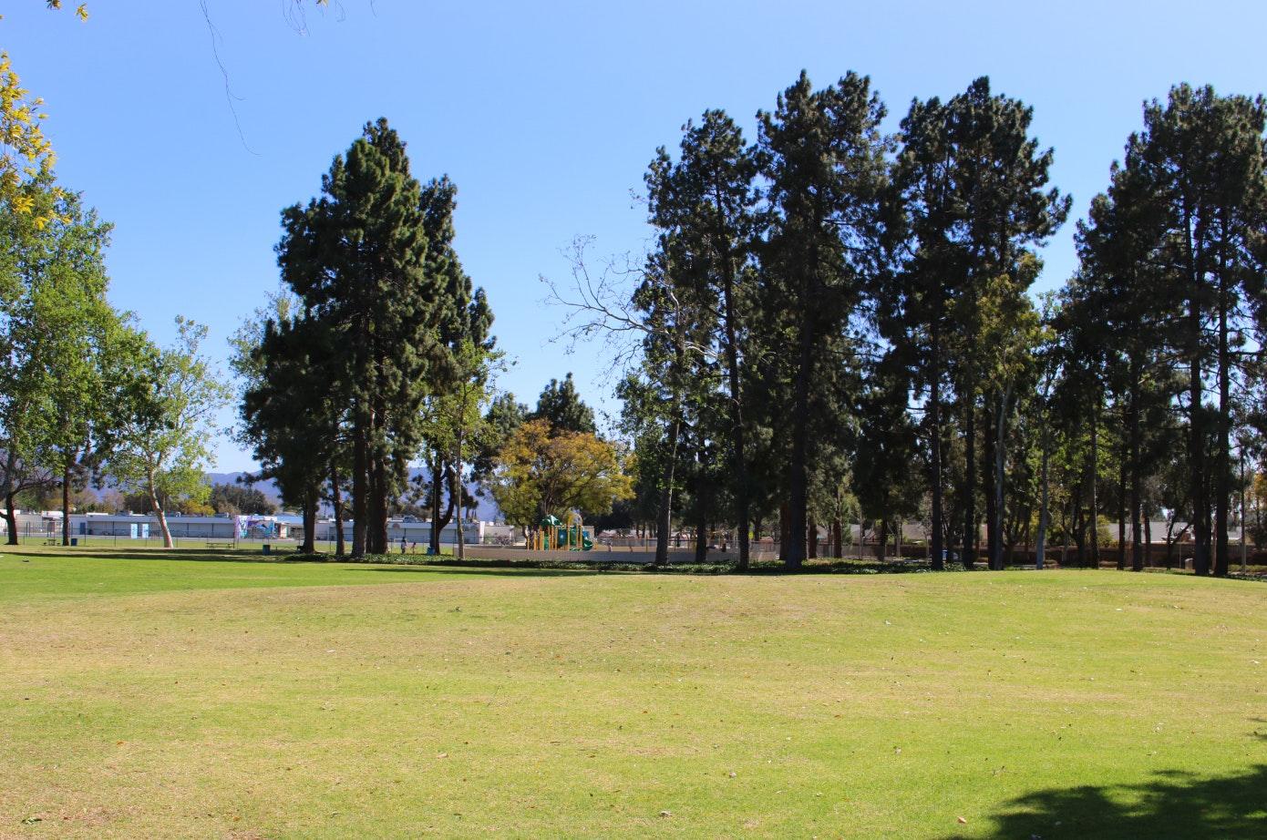 Dos Caminos Park