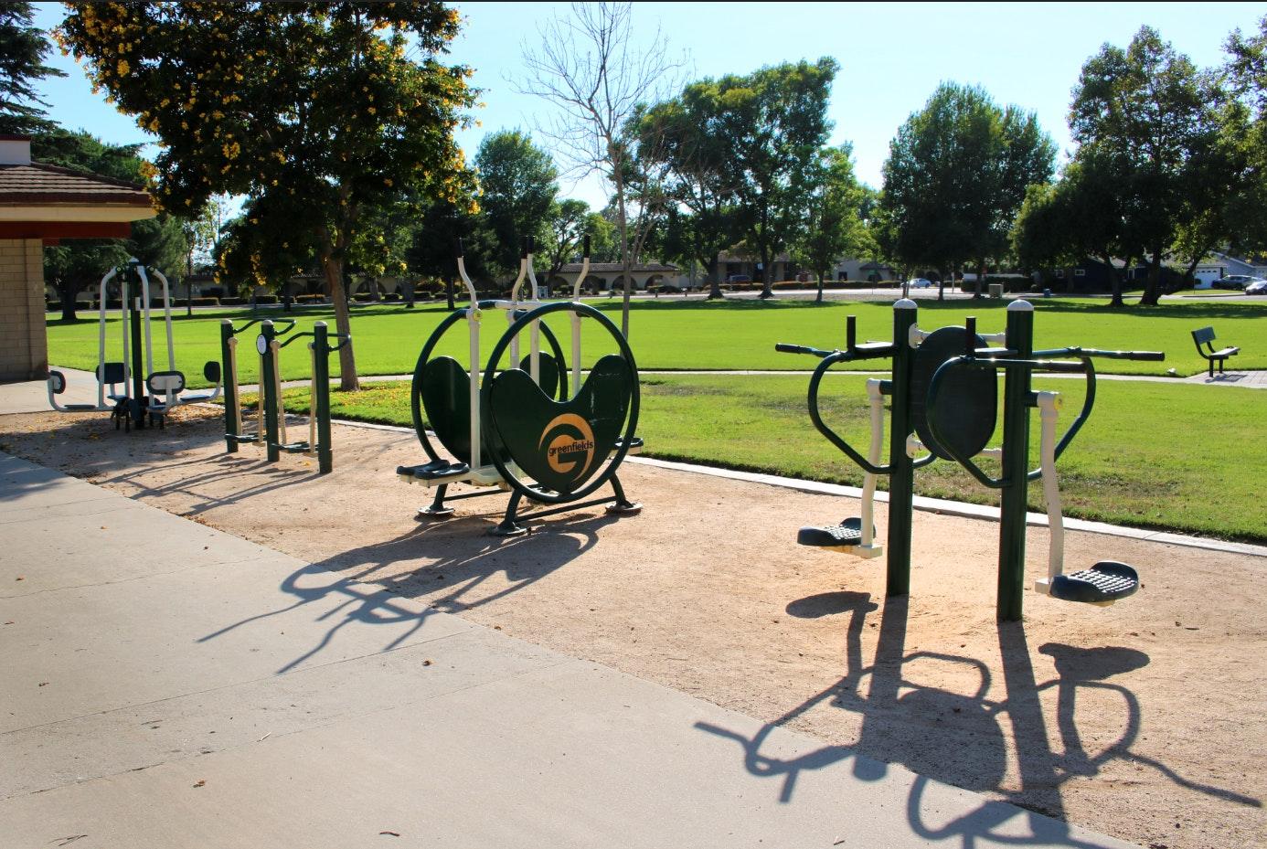 Community Center - exercise equipment