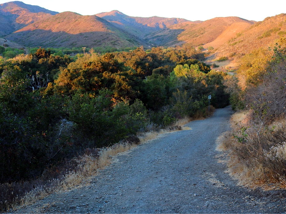 Hiking trail at Camarillo Grove Park