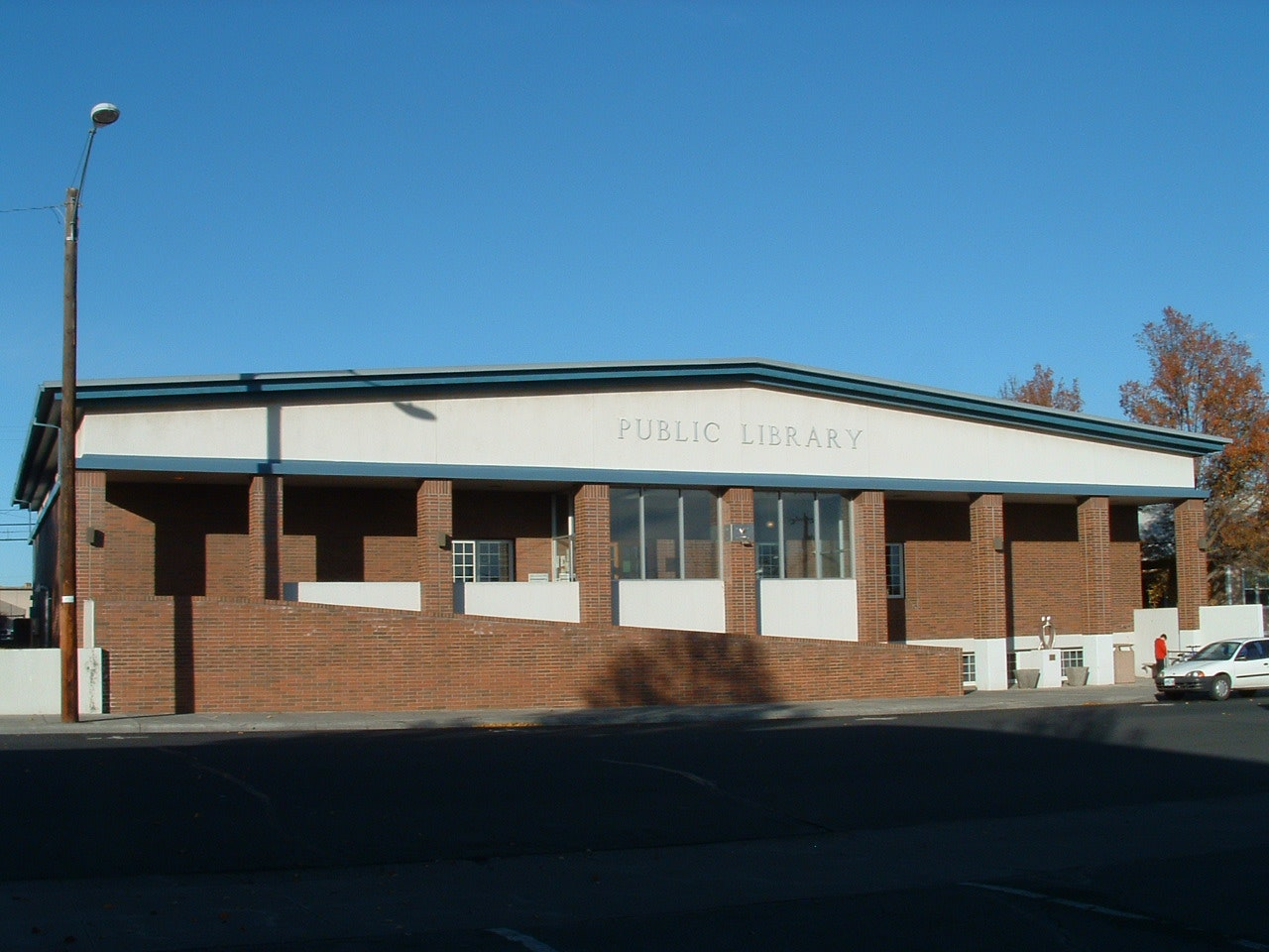 Hermiston Public Library building
