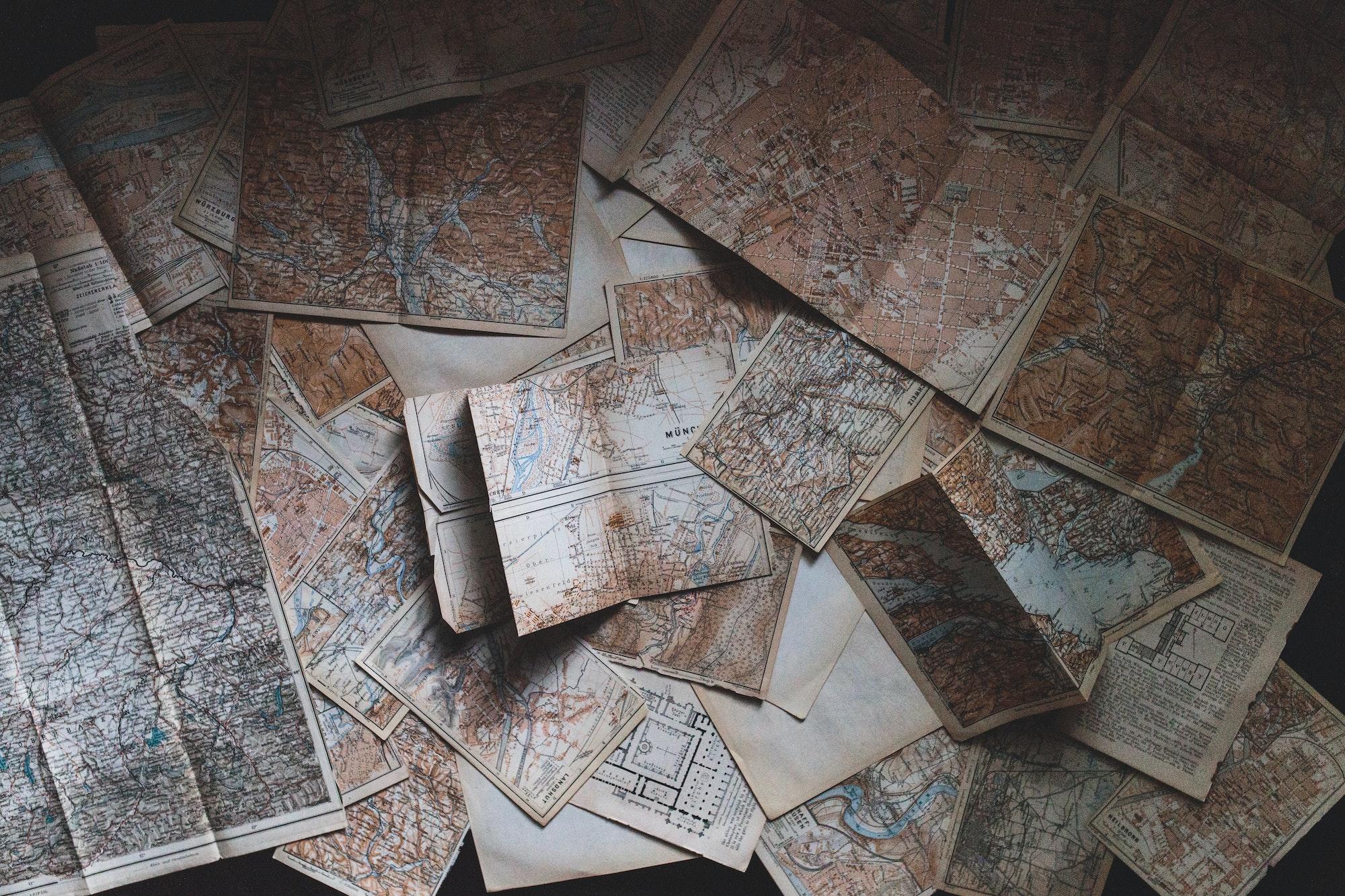 maps in haphazard order