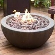 May contain: fire pit and tabletop