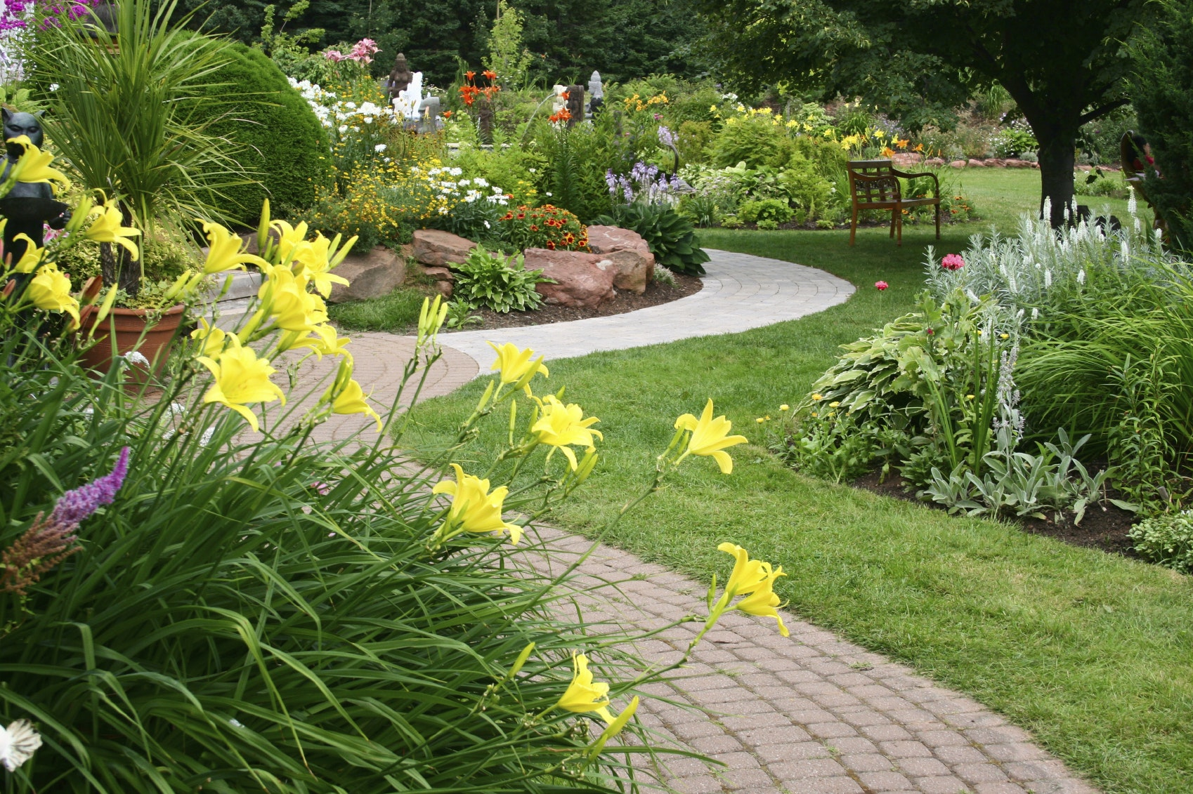 The Ultimate Guide to Landscapers