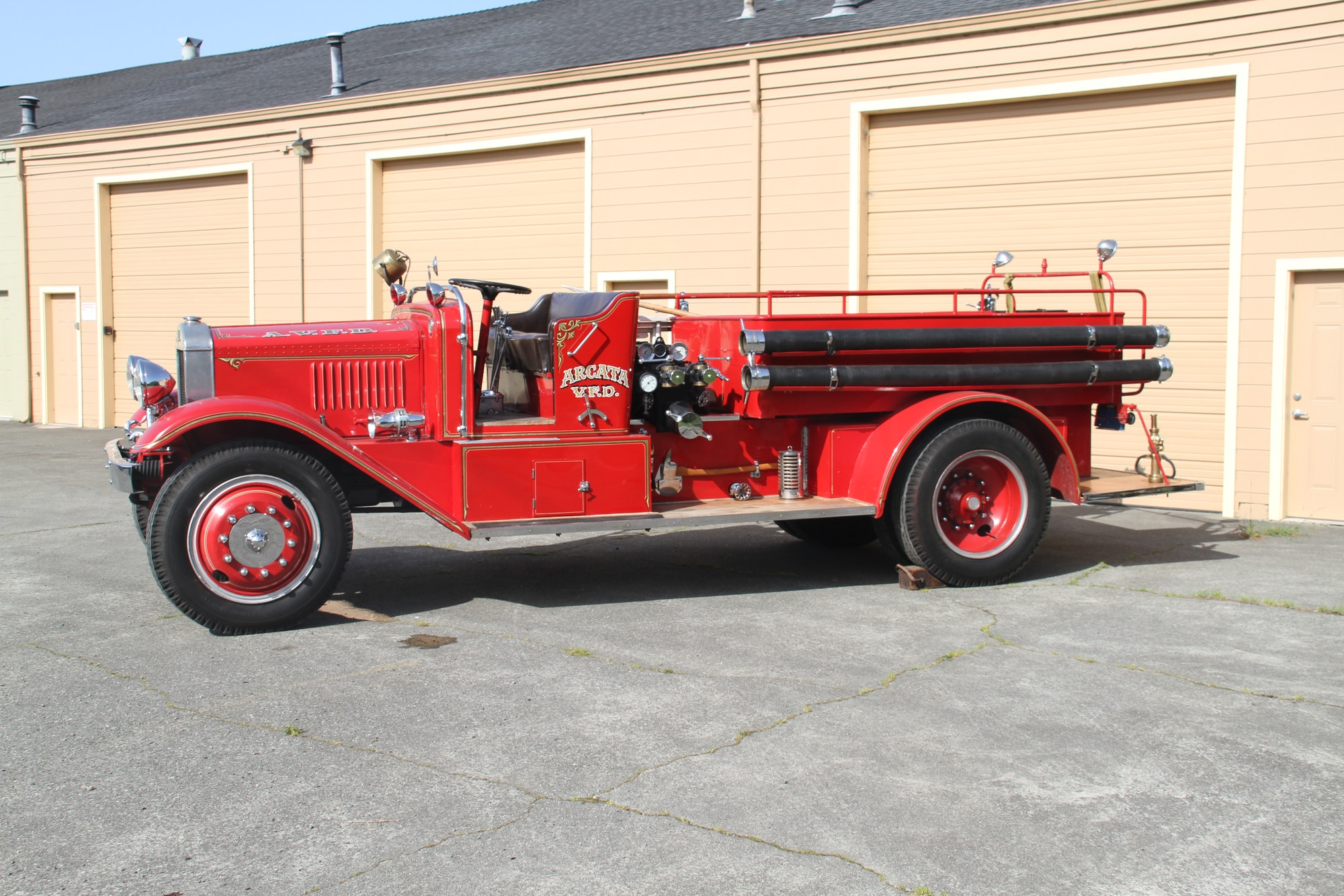 Photo of the USA Fire Engine.