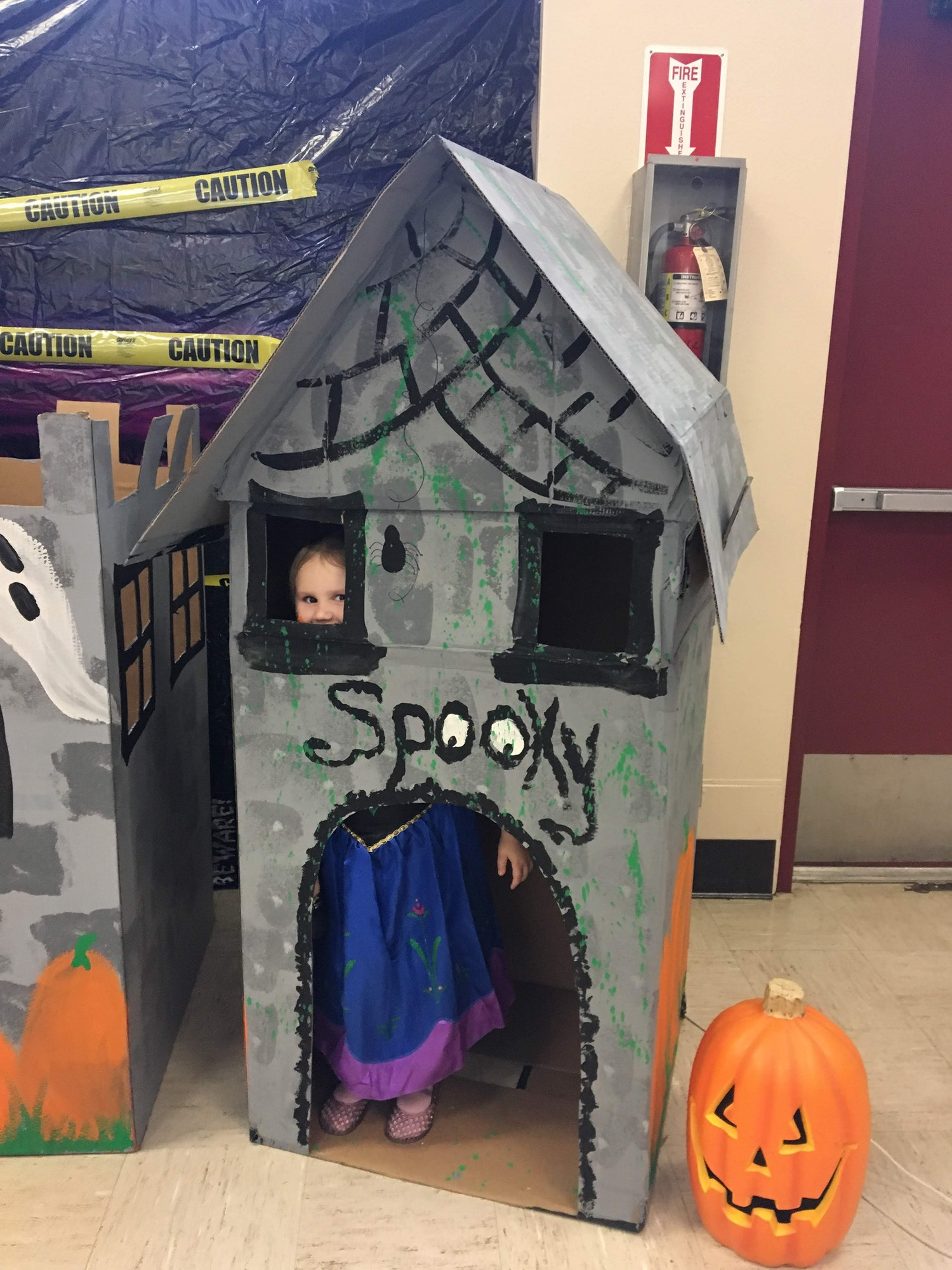 Halloween box fort