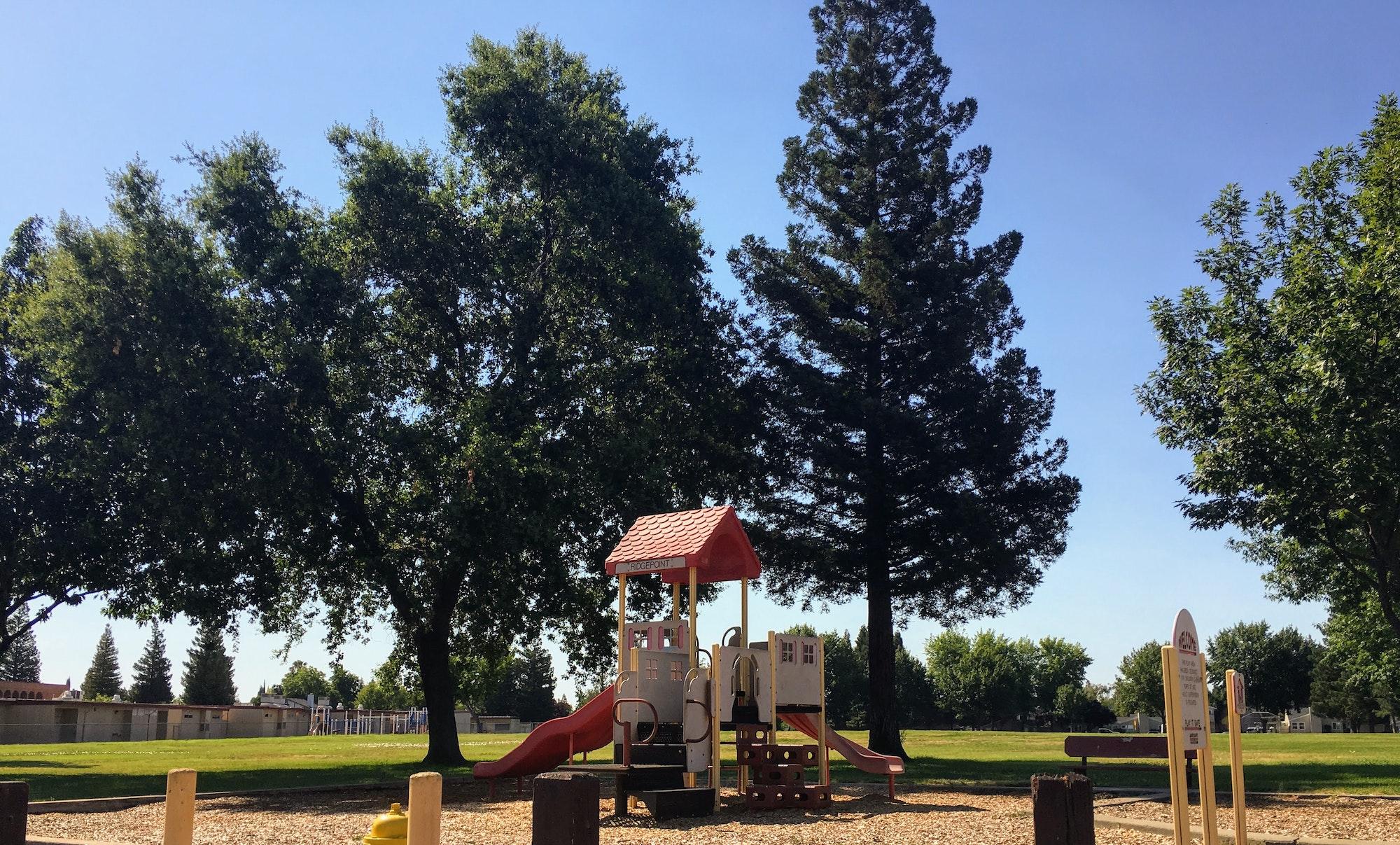 Ridgepoint Park playground