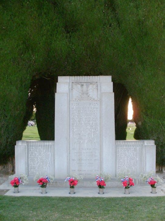 May contain war memorial monument