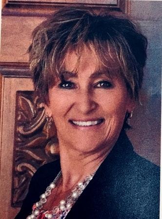 Naomi Bowman, Customer Service Representative