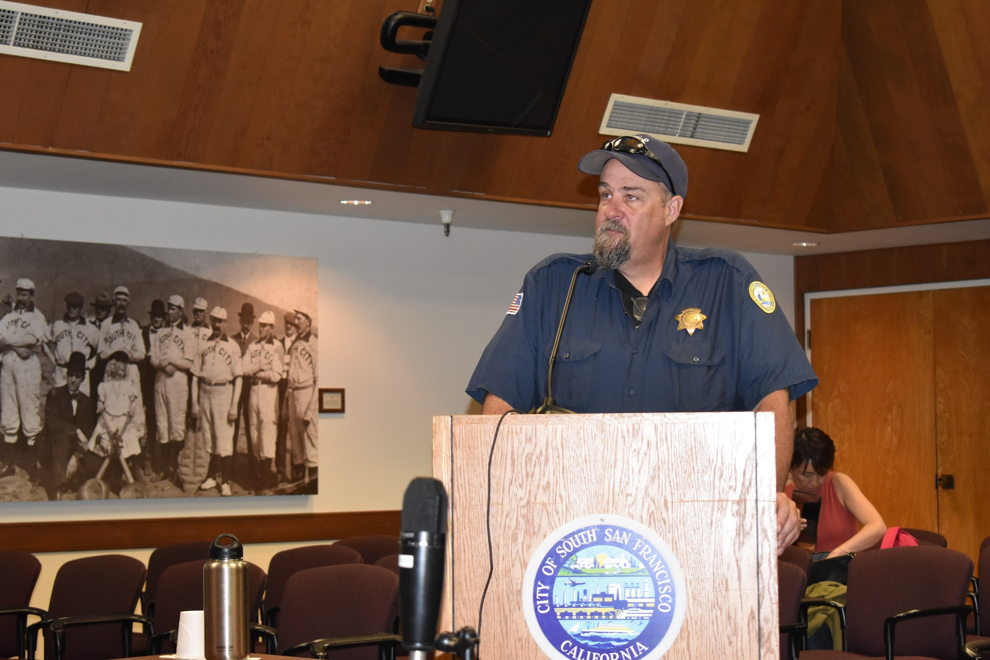 Asst. Harbormaster John Draper at podium