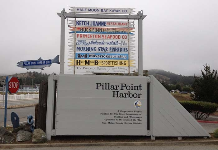 Image Pillar Point Harbor Entrance sign