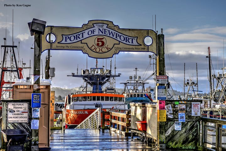 Port Dock 5 Pier sign.
