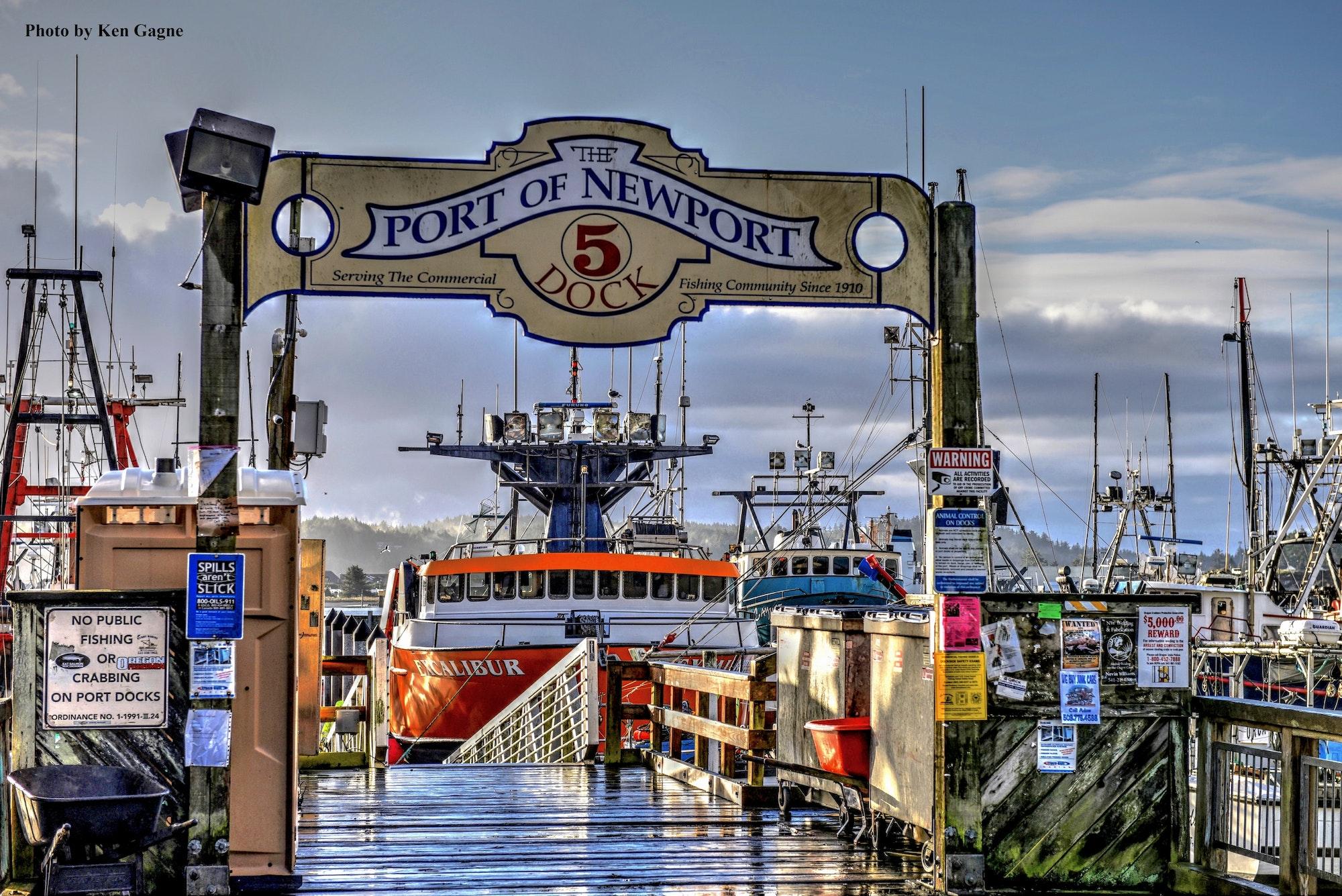 Port Dock 5 Pier sign.