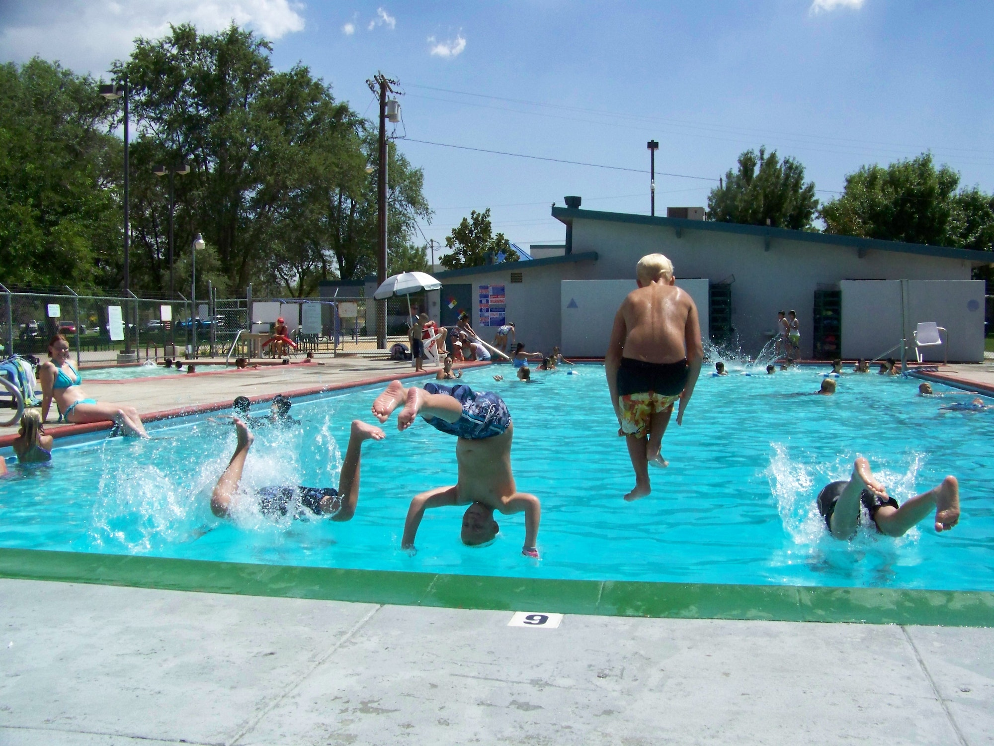 Aquatics - Hesperia Recreation and Park District
