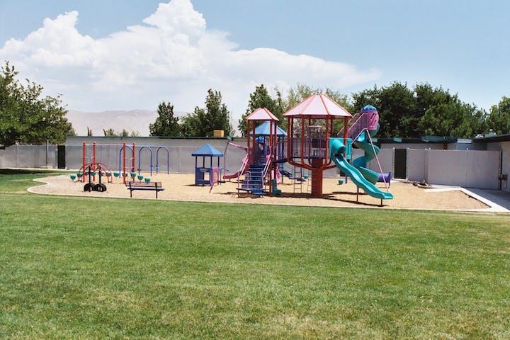 Timberlane Park playground and play area