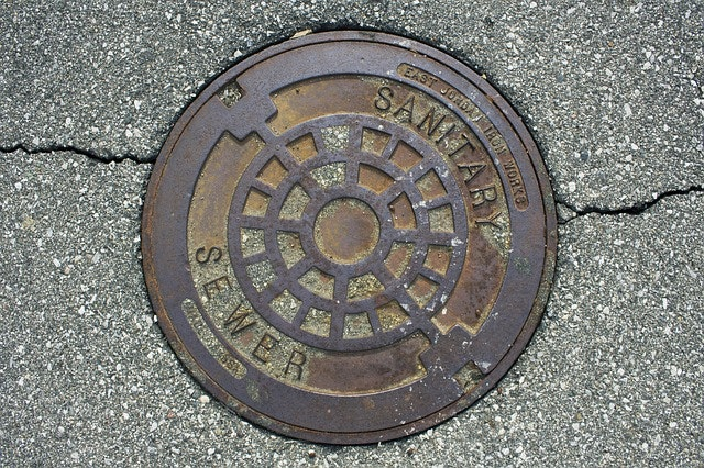 image of a manhole cover