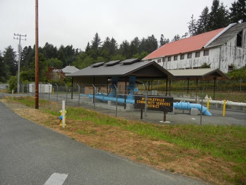 May contain: asphalt, tarmac, and road