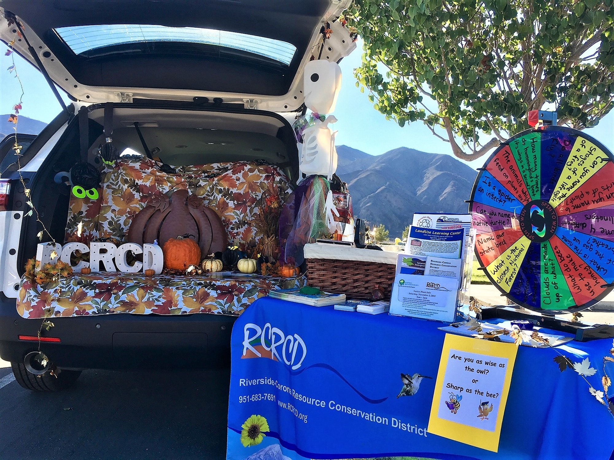 Trunk or Treat event in Temescal Valley