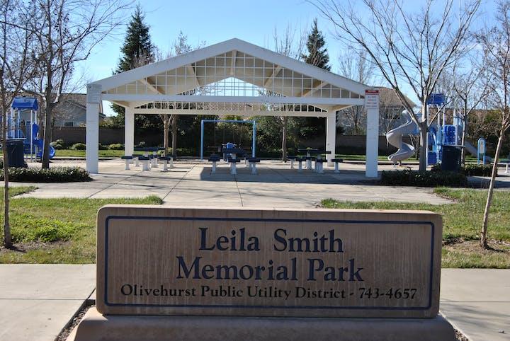 Leila Smith Memorial Park Shade Structure