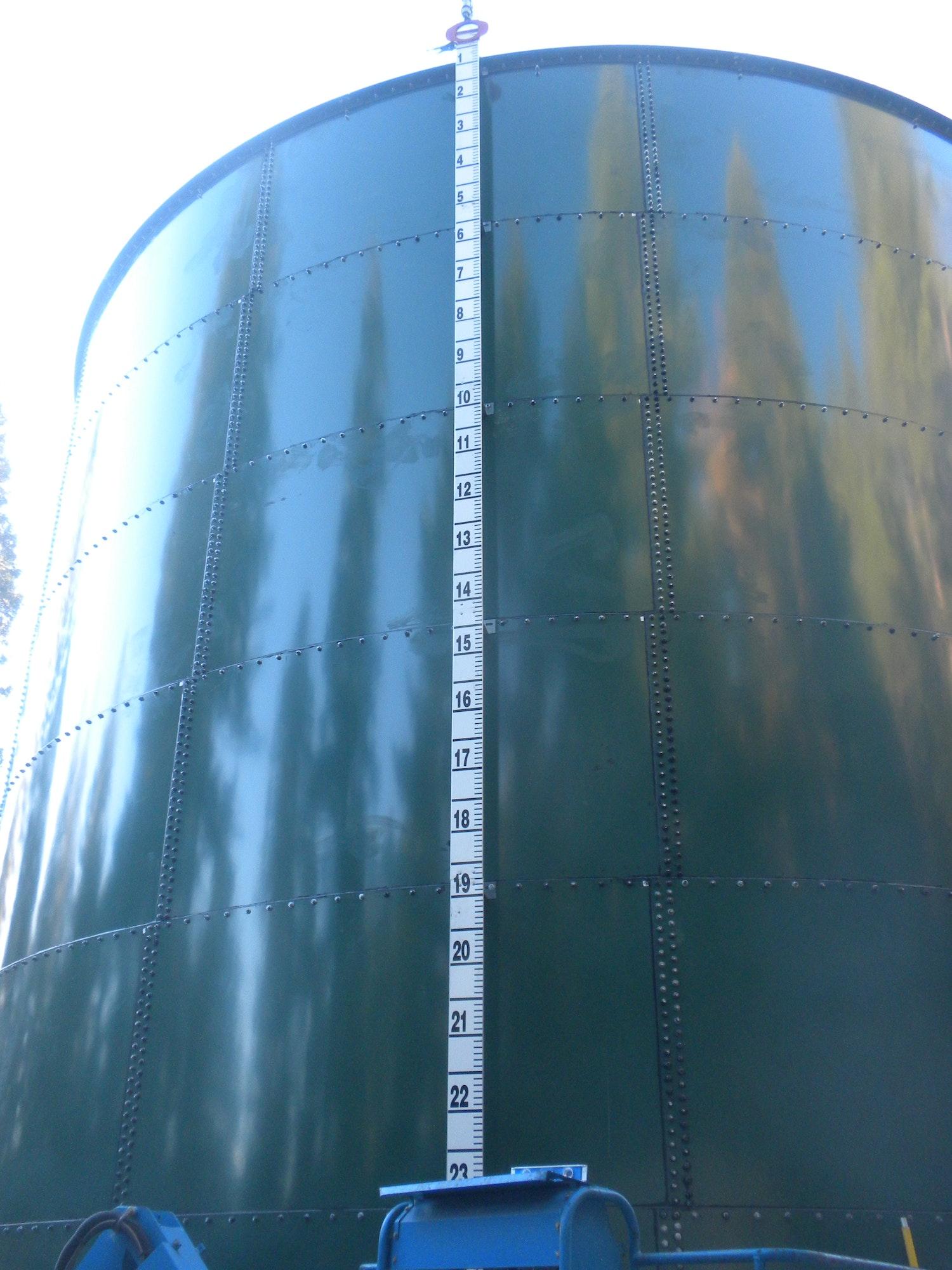 Nov. 7, 2018 tank level gauge installed