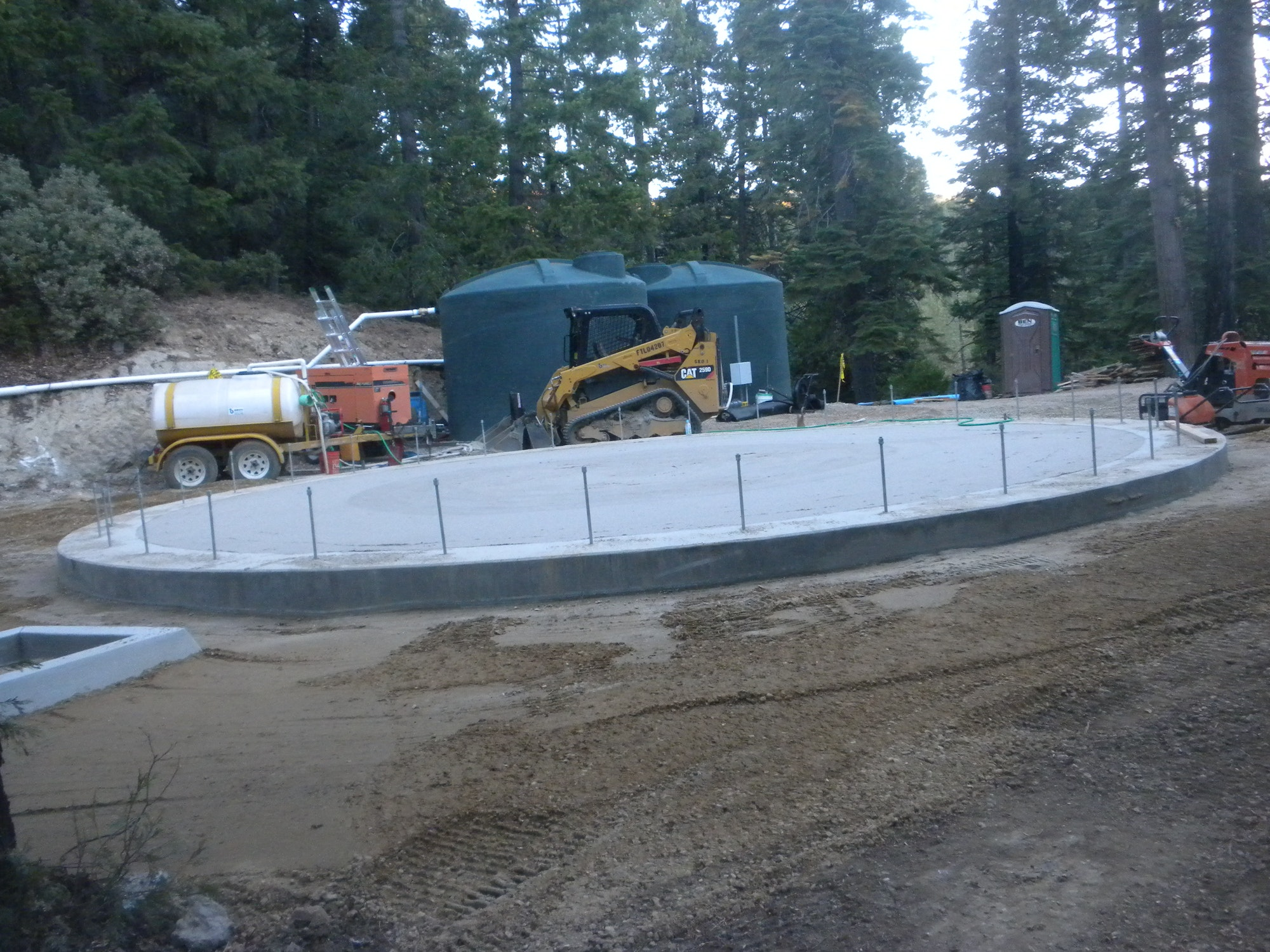 Oct. 9, 2018 7:15 am ready for tank construction