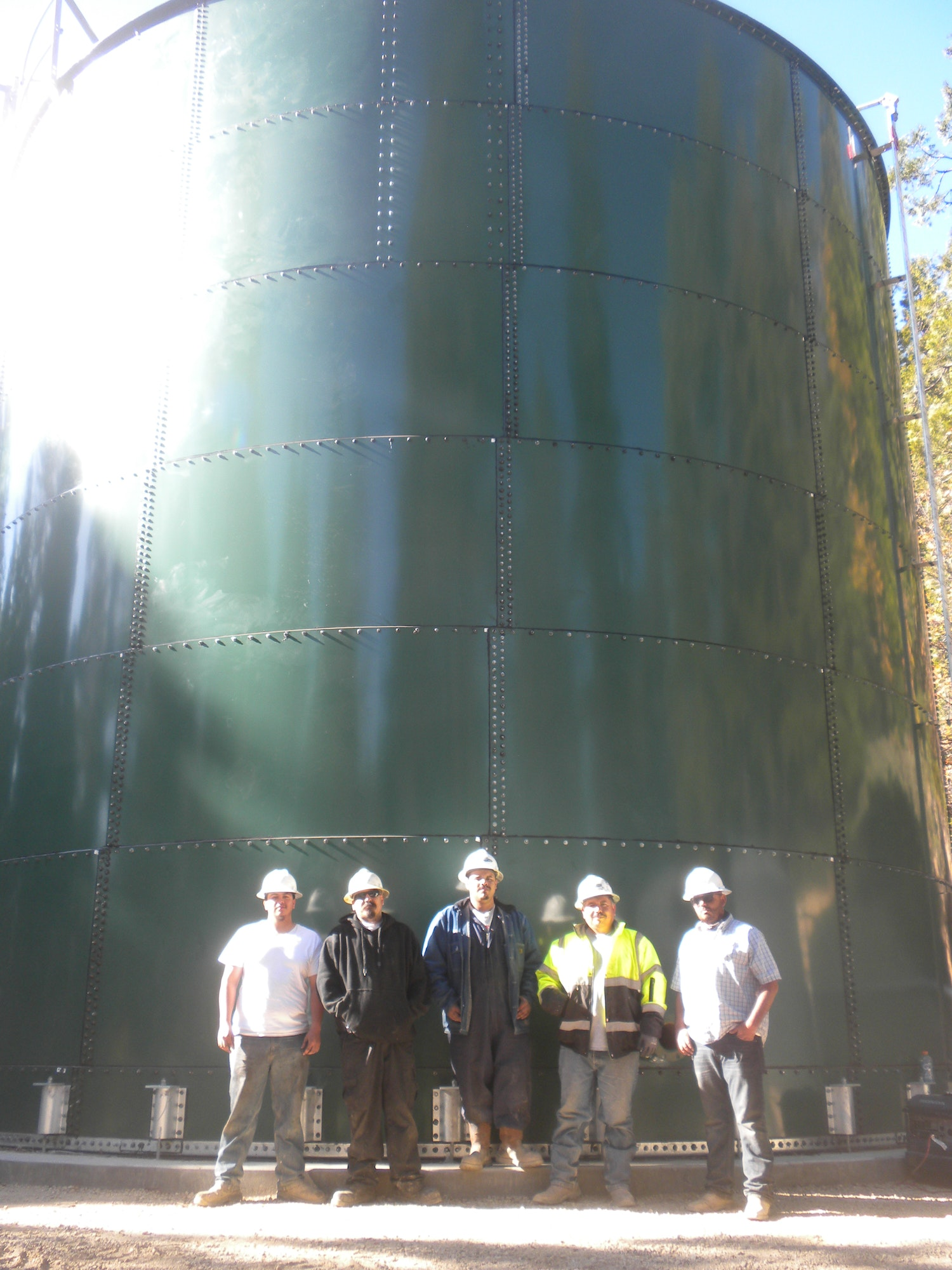 Nov. 8, 2018 The Thompson Tank Crew L to R Gabriel, Joseph, Steven, Jose and George This crew gets it done!