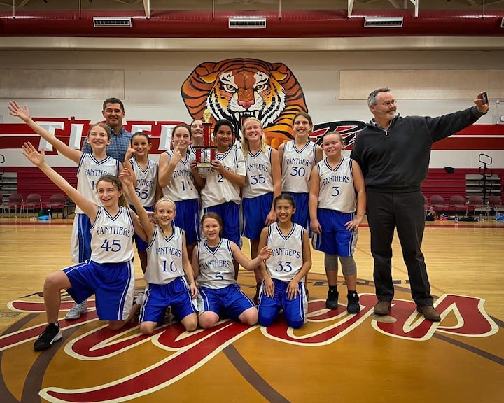 5/6 Girls Basketball Champions