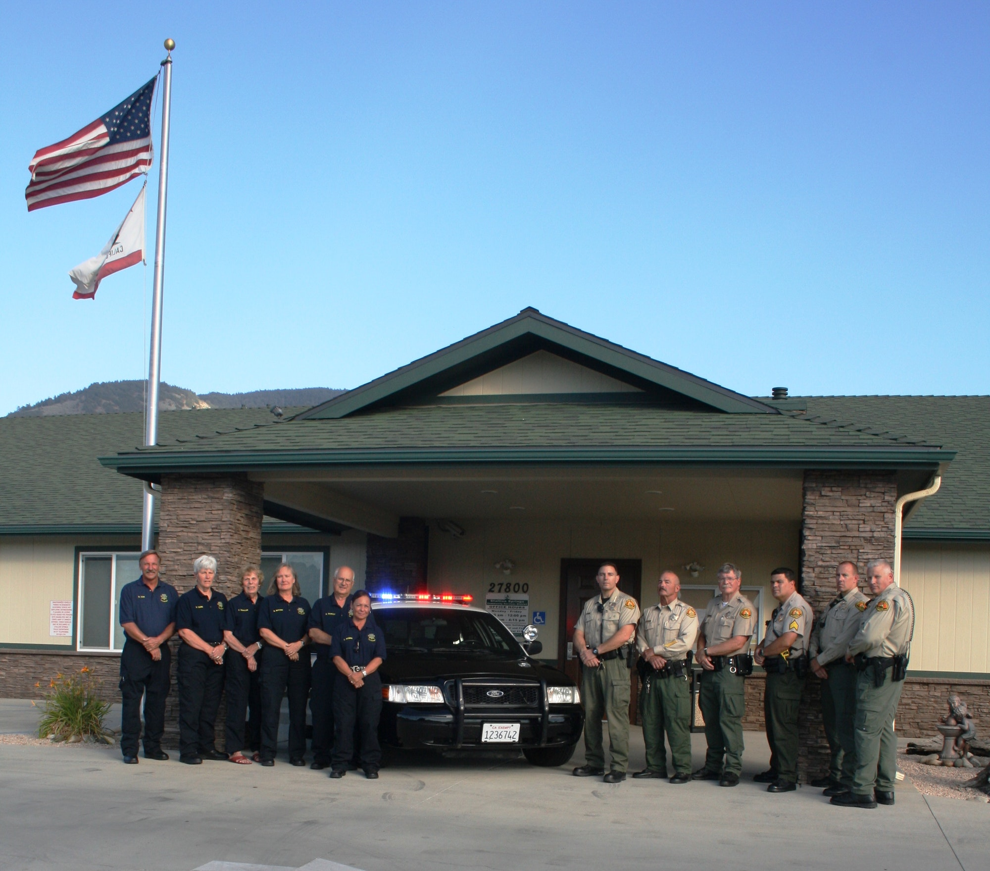 SSPD officers with SSPD Community Services Unit (CSU)